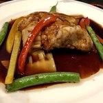中国酒家 獅子房 - 料理写真:真鯛の唐揚げ黒酢野菜あんかけ