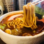麺処 井の庄 - 食べごたえある迫力の太麺!