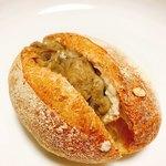 81939111 - 和栗のパン