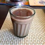 南インド家庭料理 カルナータカー - こちらのお店のチャイは甘味がすごい。