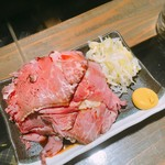 焼鳥どん - ローストビーフポテトサラダ  380円