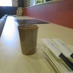 焼肉ノ志志 - 寒かったというと熱いお茶を出してくれました
