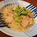長崎ピエトロ - 料理写真:筍と鶏肉のパスタ