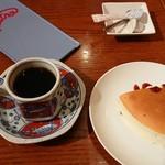 長崎ピエトロ - セットのデザートと珈琲