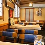 都寿司 - 店内(テーブル席)