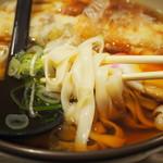 大須きしめん - 麺アップ
