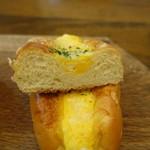 パン・アイス・惣菜 できたて館 - たまごサラダ断面