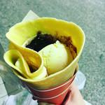 シュクレープ - ブルーベリーカスタードチーズ♡アイストッピング