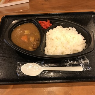 肉の丸正 - 和牛カレーの小盛。 税込562円。 美味し。