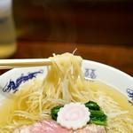 中華蕎麦にし乃 - 細目のストレート