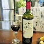 吾作どん - 赤ワイン(チリカベ)