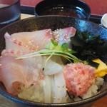 ひびの食堂 - 海鮮丼