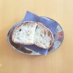 cafe de lacasa - セットではパンかライスが選べます♪