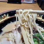 元祖 博多中洲屋台ラーメン 一竜 - ストレート細麺