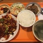 81976155 - イカ炒め定食