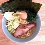 ラーメン 高橋家 - 料理写真:ラーメン+のり+玉子