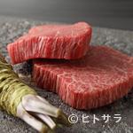 炭火焼肉 KOMA GINZA - もはや説明不要、の厳選素材。お好みの焼き加減でステーキのようにいただける『松阪牛 ヒレ』