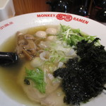 モンキーらーめん  - 料理写真:支那そば 700円