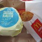 マクドナルド - 今回は朝食のソーセージマフィンのセットです。