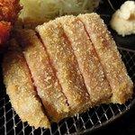 82005619 - 華ノ枝 「牛かつメンチ定食」