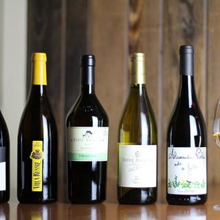 世界から集めたワインと至高のビール◆毎日変わるグラスワイン!