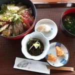 国頭港食堂 - 地魚の海鮮丼