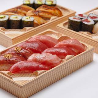 店内製造!板前職人が握る寿司土産はいかが??