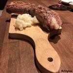 肉バルサンダー - 白金豚のスペアリブ