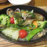 82021013 - [ランチ]スズキ・アサリ・お野菜のオーブン焼き