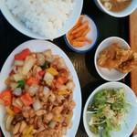 シンチャン - 日替A 鶏のピリ辛炒め 680円
