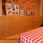 フランスカレー - 店内テーブル席