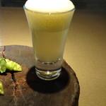 82040819 - スナックエンドウと枝豆 と ノンアルコールビール 3.8