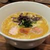Hakatamizutakiramenukammuri - 料理写真:博多水炊きラーメン750円