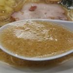 椿ラーメンショップ - スープ。リフト(^-^)/