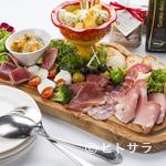 トラットリアカンパニオ - 季節感たっぷりの贅沢な逸品『カンパニオの前菜盛り合わせ』