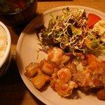 地鶏料理と洋食の店 まっくす - 塩焼き(丹波地鶏) 800円