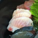 志摩の海鮮丼屋 - ふわとろマグロ(*^_^*)