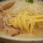 吉風  - 麺アップ