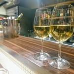 絆 - 白ワインで乾杯です~\(^^)/