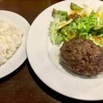 肉の罠 - A5黒毛和牛塩ハンバーグ1000円