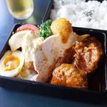 芳味亭 - (上)洋食弁当(2400円)