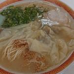 一九、ラーメン - ワンタン麺