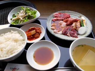 焼肉トラジ 新横浜店 - 満腹御膳