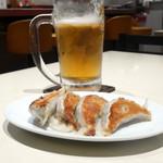 高社郷 - 焼き餃子とビール