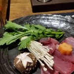 旬鮨季酒 赤石 - 鰤のしゃぶしゃぶ。