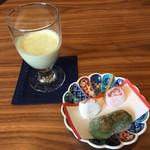 山形座 瀧波 - 料理写真:ウエルカム ずんだシェイク