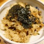 焼肉ホルモンブンゴ - ガーリックライス