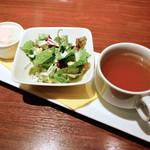 ジュジュ - 前菜のサラダ・スープ
