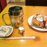 コメダ珈琲店 - たっぷりアイスコーヒー シロノワールNYチーズケーキ ミニサイズ