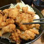 Densetsunosutadonya - 超鬼盛りすたみな唐揚げ丼(12個)980円